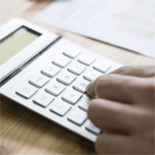 修正のたびにかかる費用が、固定の価格で利用できる